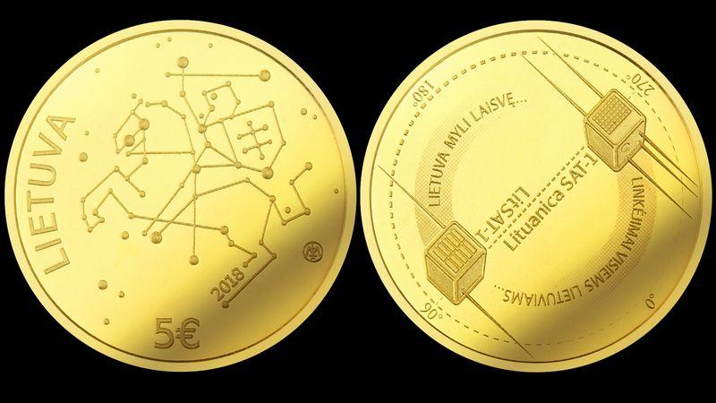 Aukso moneta, ant kurios bus iškaldinti pirmieji lietuviški į kosmosą paleisti palydovai ir kosmose nuskambėję pirmieji lietuviški žodžiai, apyvartoje pasirodys lapkričio 6 d. Lietuvos banko nuotr.