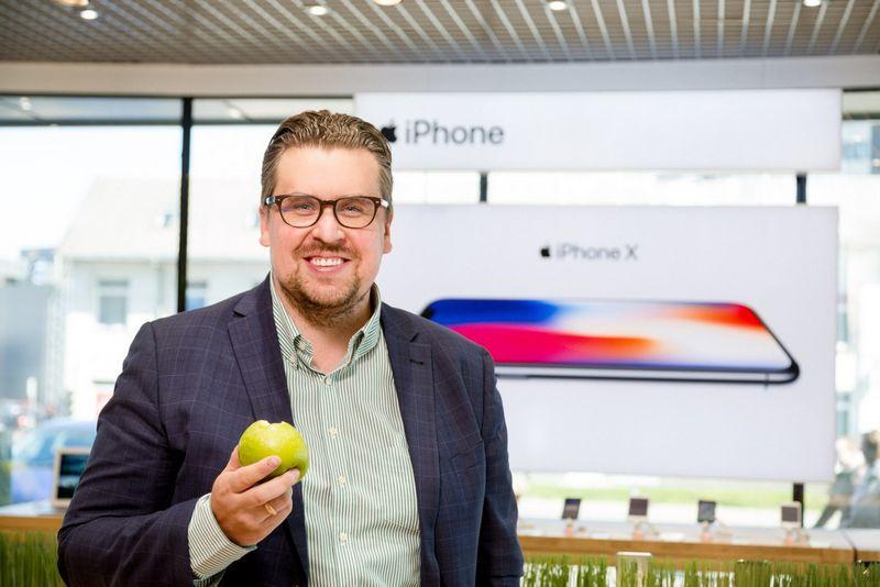 """Aurimas Kapočius, """"Bitė Lietuva"""" paslaugų verslo klientams vadovas, sako, kad su iš """"Bitės"""" įsigytais """"Apple"""" įrenginiais nuo šiol GDPR reikalavimai nebeturėtų sukelti galvos skausmo."""