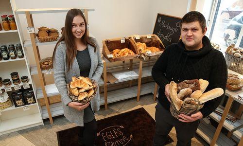 Šeimosverslo istorija: kepyklos savininkai atidarė krautuvę kitu pavadinimu, kad neklaidintų