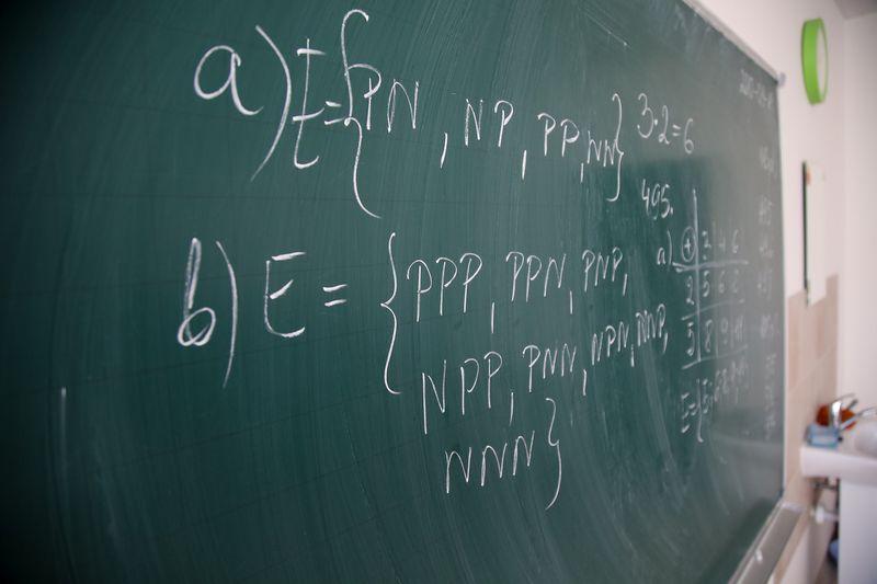 Nuo sausio 1-osios lėšoms bus skirstomos klasėms. Vladimiro Ivanovo (VŽ) nuotr.