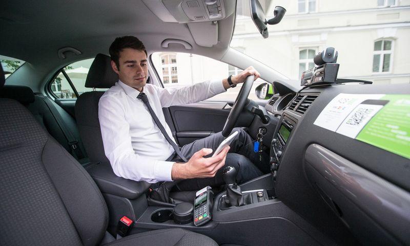 """Tomas Peleckas, UAB """"Amber Vilnius"""", valdančios A2B taxi automobilių parką, direktorius. Juditos Grigelytės (VŽ) nuotr."""