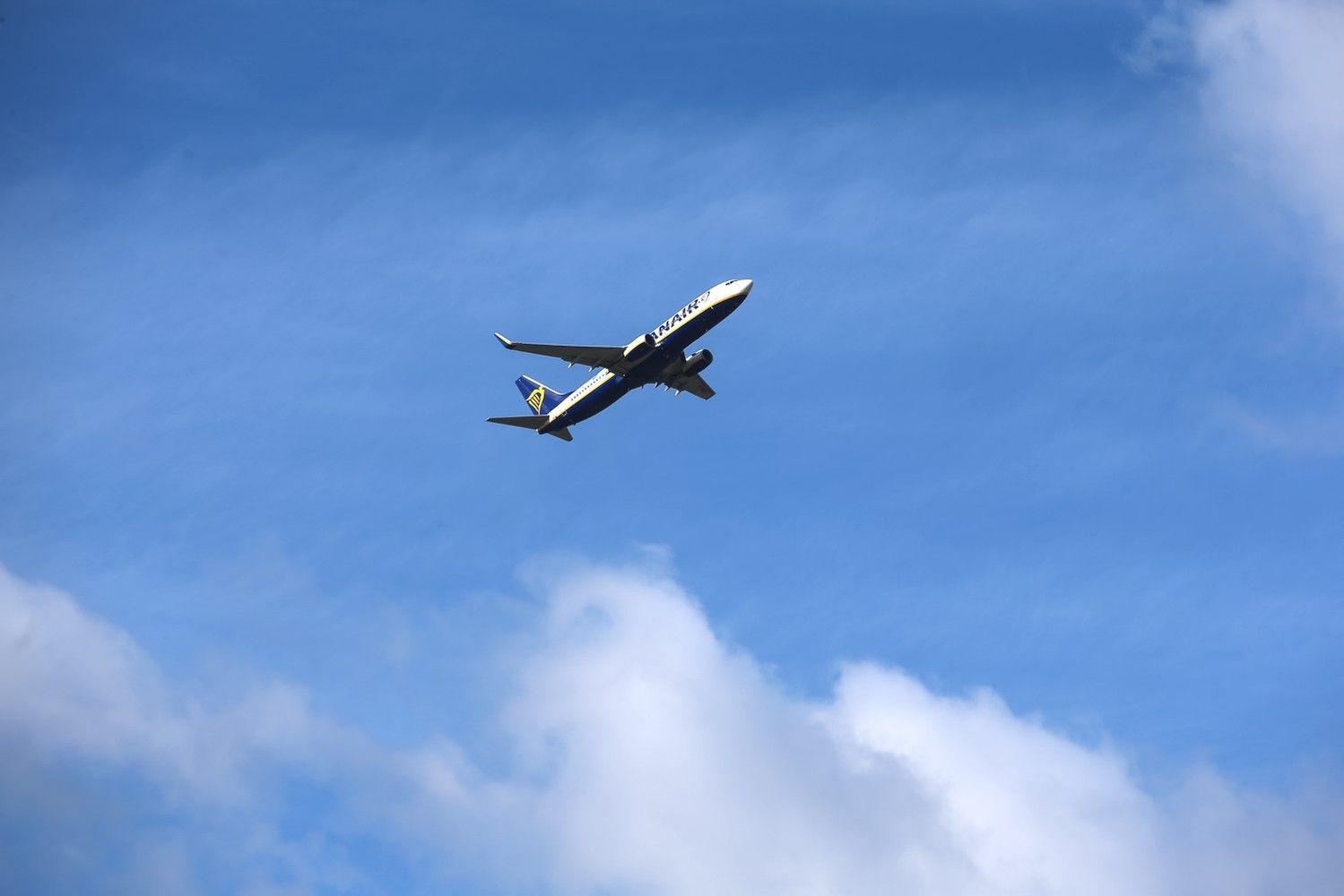 Skrydžių skaičius Lietuvos oro erdvėje didėjo dar 9%, dominavo tranzitas