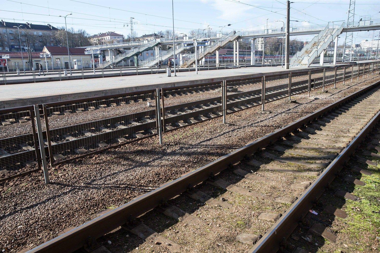 VMG prie gamyklos Akmenėsrajoneturės geležinkelį