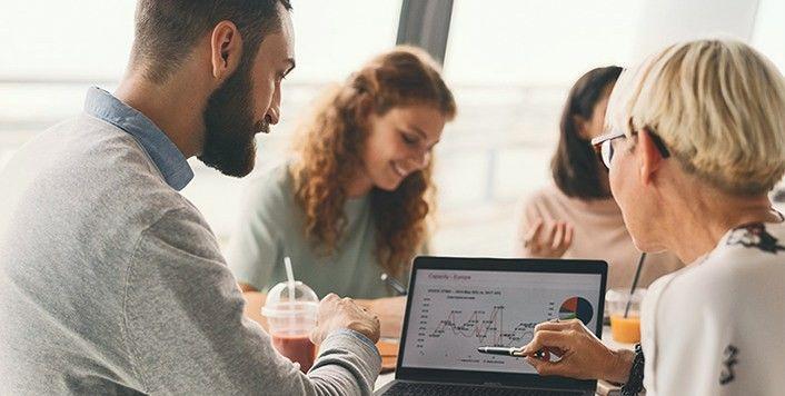 """""""Swedbank"""" pristato naujovę - verslo vystymo įrankių platformą"""