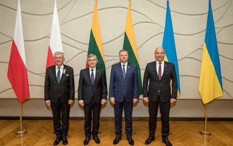 Stanislawas Karczewskis, Viktoras Pranckietis, Saulius Skvernelis, Andrijus Parubijus. Vyriausybės kanceliarijos nuotr.