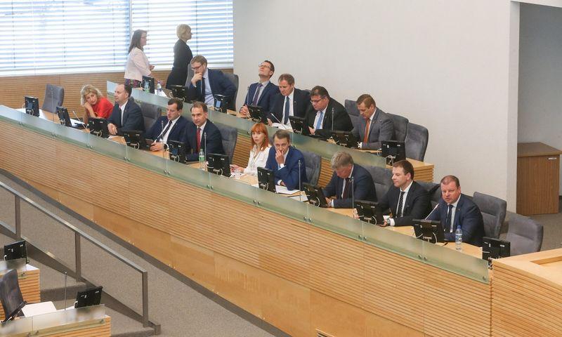 Per dvejus darbo metus septynioliktojoje Vyriausybėje pasikeitė tik trys ministrai. Vladimiro Ivanovo (VŽ) nuotr.