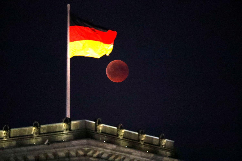Vokietijos ekonomika susitraukė – pirmą kartą nuo 2015 m.