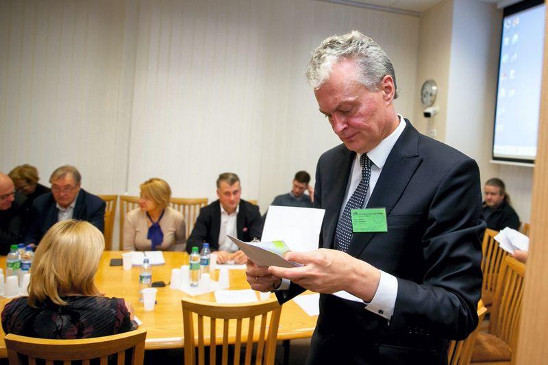 Gitanas Nausėda Seimo Biudžeto ir finansų komiteto posėdyje. Žygimanto Gedvilos (15min.lt) nuotr.