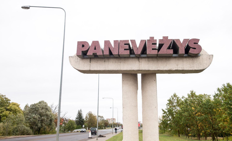 Sutarties su atliekų vežėja nenutraukusiai Panevėžio savivaldybei skirta bauda