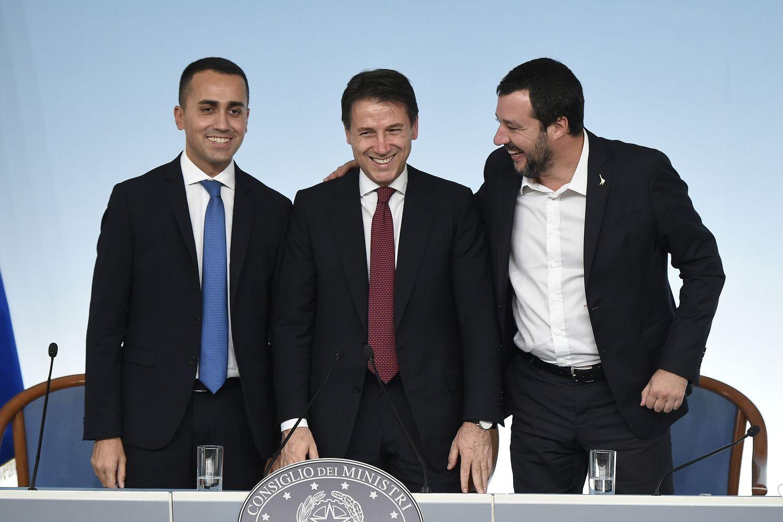 Italijanenusileidžia ES dėl biudžeto