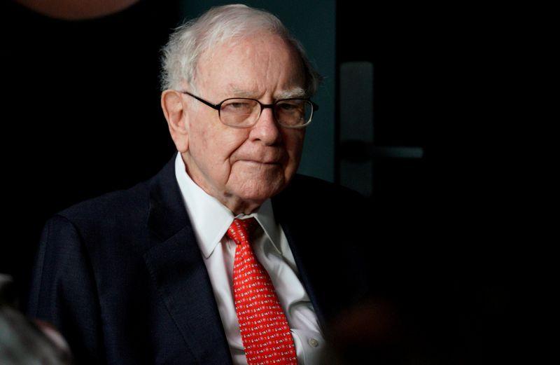 "Warrenas Buffettas, ""Berkshire Hathaway"" vadovas.  Rick Wilking (""Reuters"" / ""Scanpix"") nuotr."