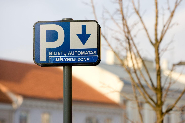 """""""m.Parking"""": nenustačius iš anksto stovėjimo trukmės, lėšas nuskaičiuoja kas 12 minučių"""