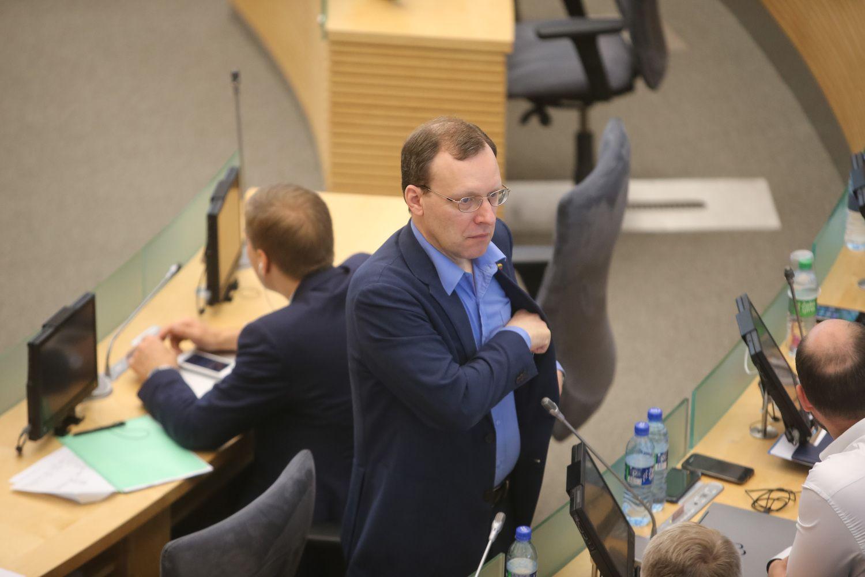 N. Puteikis pirmasis registravosi pretendentu į kandidatus prezidento rinkimuose
