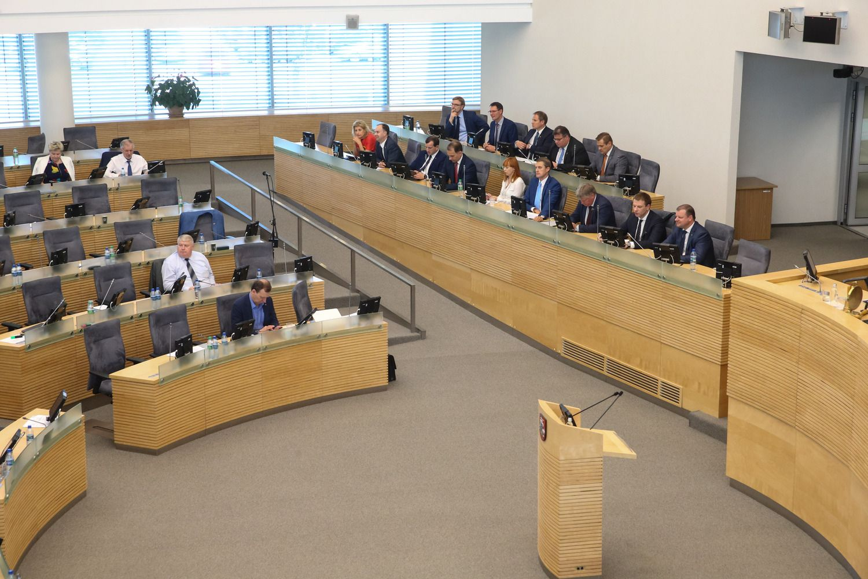 Gyventojai penketu vertina Seimo ir Vyriausybės darbą