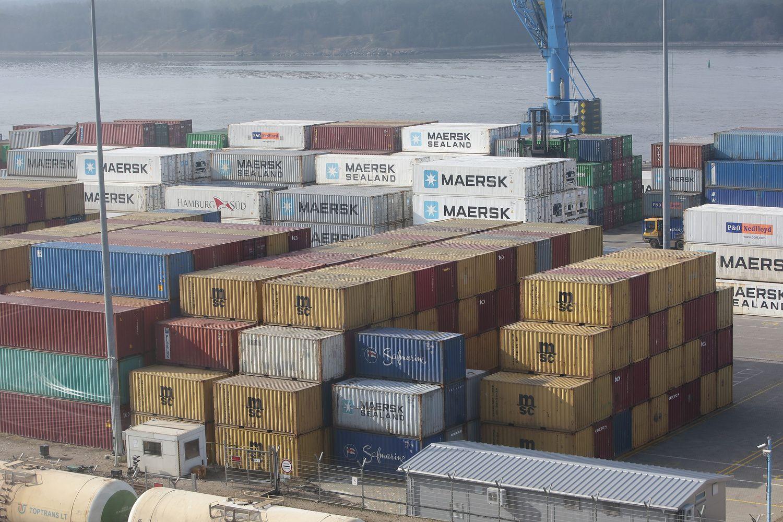 Eksportuotojųapetitas investuoti slopsta, o prekybininkaistato toliau