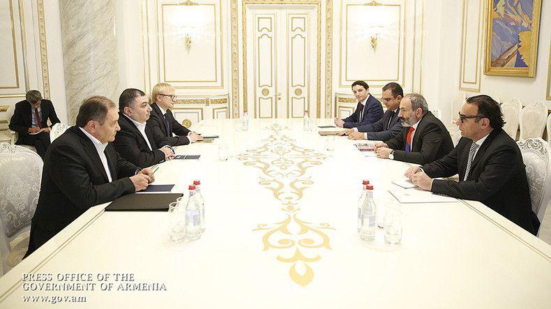 """Lietuviška """"Beltechnika.lt"""" investuoja į traktorių gamybą Armėnijoje"""