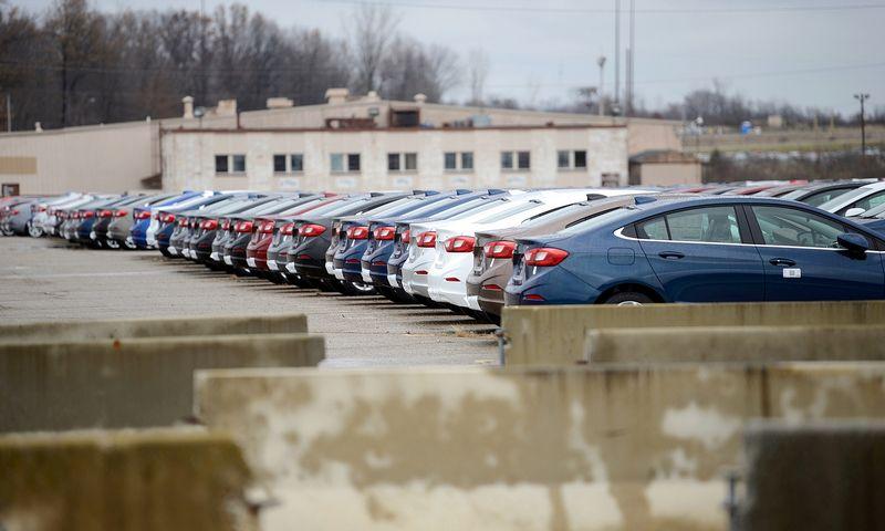 """Viena iš uždaromų """"General Motors"""" gamyklų Vorene, Ohajo valstijoje, JAV. Alano Freedo (""""Reuters"""" / """"Scanpix"""") nuotr."""