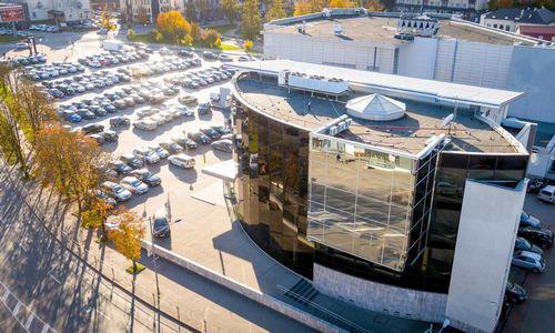 Parduodamas buvęs SEB pastatas Panevėžyje