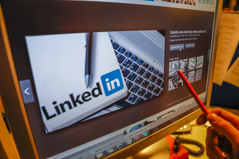 """Galimybė """"LinkedIn"""": kalbėti ne darbdavio, o darbuotojų lūpomis"""
