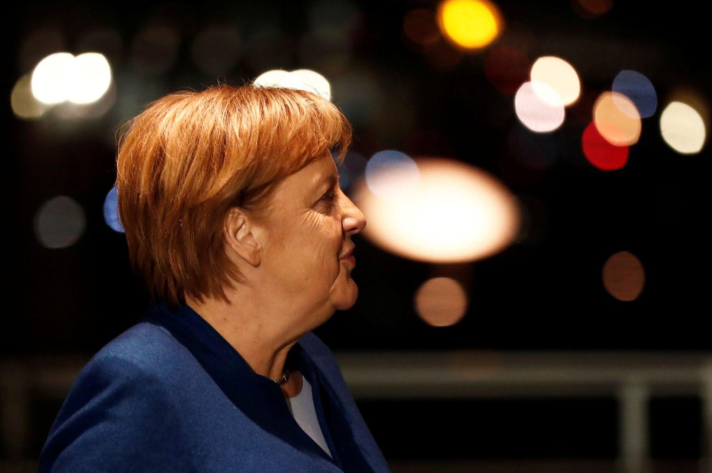A. Merkel dėl lėktuvo gedimo vėluoja į G20