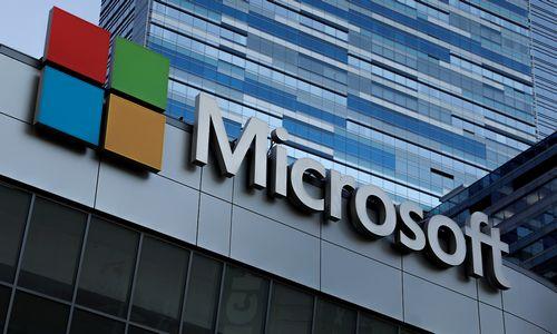 """""""Microsoft"""" tapo brangesnė už """"Apple"""""""