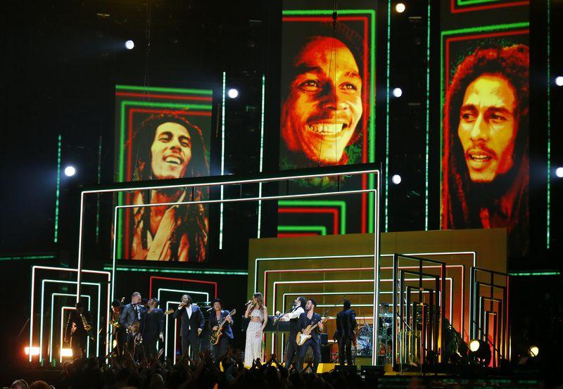"""Bobas Marley (1945-1981 m.) buvo vienas žymiausių regio muzikos atstovų. Mike'o Blake'o (""""Reuters"""" / """"Scanpix"""") nuotr."""