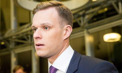 G. Landsbergis: premjerasturi atsistatydinti