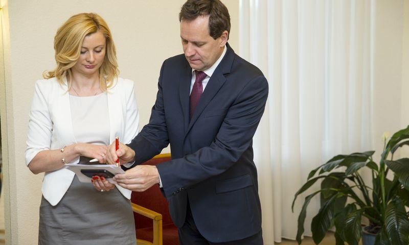 Rita Tamašunienė, LLRA-KŠS narė, parlamentarė, Valdemaras Tomaševskis, LLRA-KŠS vadovas. Vladimiro Ivanovo (VŽ) nuotr.