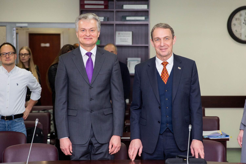 G. Nausėda ir A. Juozaitis užsiregistravo politinei kampanijai