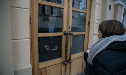 Keliasdešimt mokytojų liko ŠMM, nepaisant ministerijos raginimų palikti patalpas