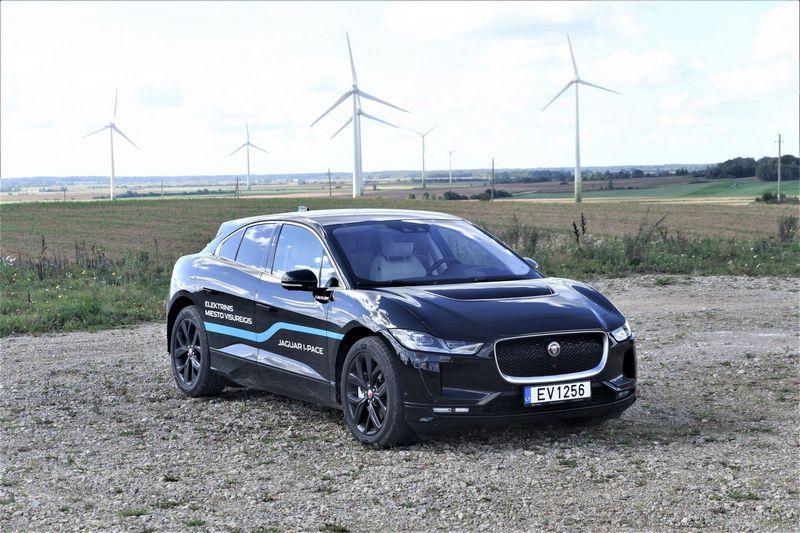 Vyriausybė numato didėjantį elektromobilių parką ir atsinaujinančios energetikos plėtojimą. Lino Butkaus (VŽ) nuotr.