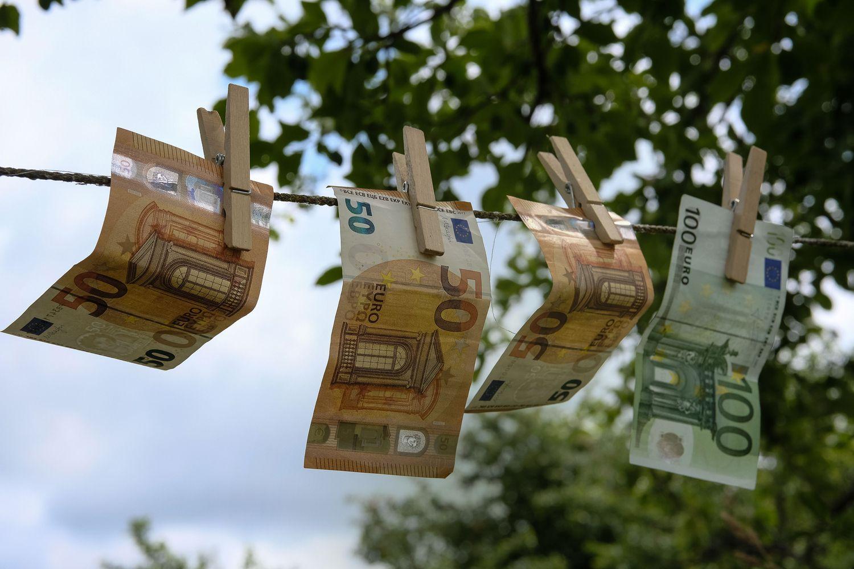 Mėgstamiausiai lietuvių taupymo priemonei ateina palankus metas