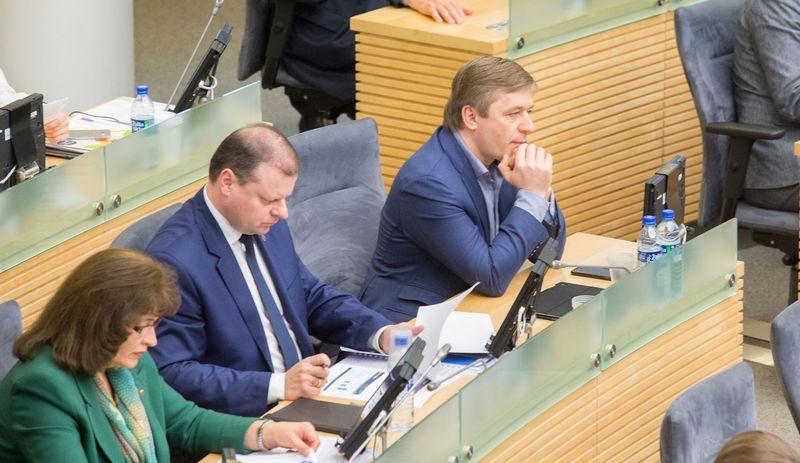 Seimo valdantieji įsitikinę, kad turės pakankamai balsų patvirtinti kitų metų biudžetą. Juditos Grigelytės (VŽ) nuotr.