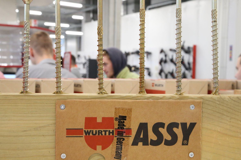 """""""Wurth"""" atidarė naują klientų aptarnavimo centrą, nebepriims grynųjų"""