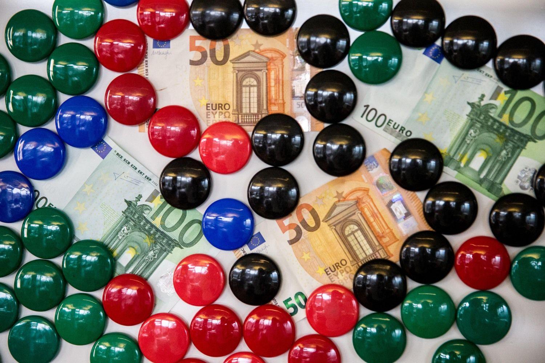 Rinkodaros ir komunikacijos sektoriaus atlyginimai auga sparčiau nei šalyje