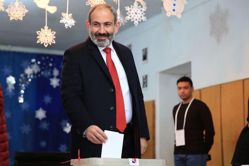 "Nikolas Pashinyanas, Armėnijos premjeras. Gevorg Ghazaryan (""Scanpix""/""Reuters"") nuotr."