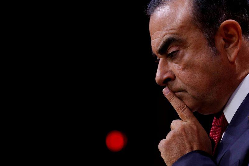 """Carlosas Ghosnas turėtų būti sulaikytas iki šių metų pabaigos. Philippo Wojazerio (""""Reuters"""" / """"Scanpix"""") nuotr."""