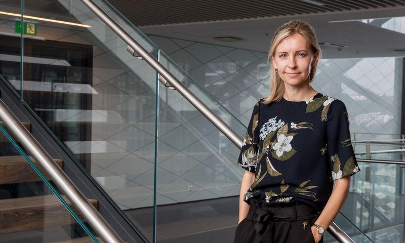 """Agnė Anzelienė, """"Swedbank"""" vyresnioji finansų maklerė. Juditos Grigelytės (VŽ) nuotr."""
