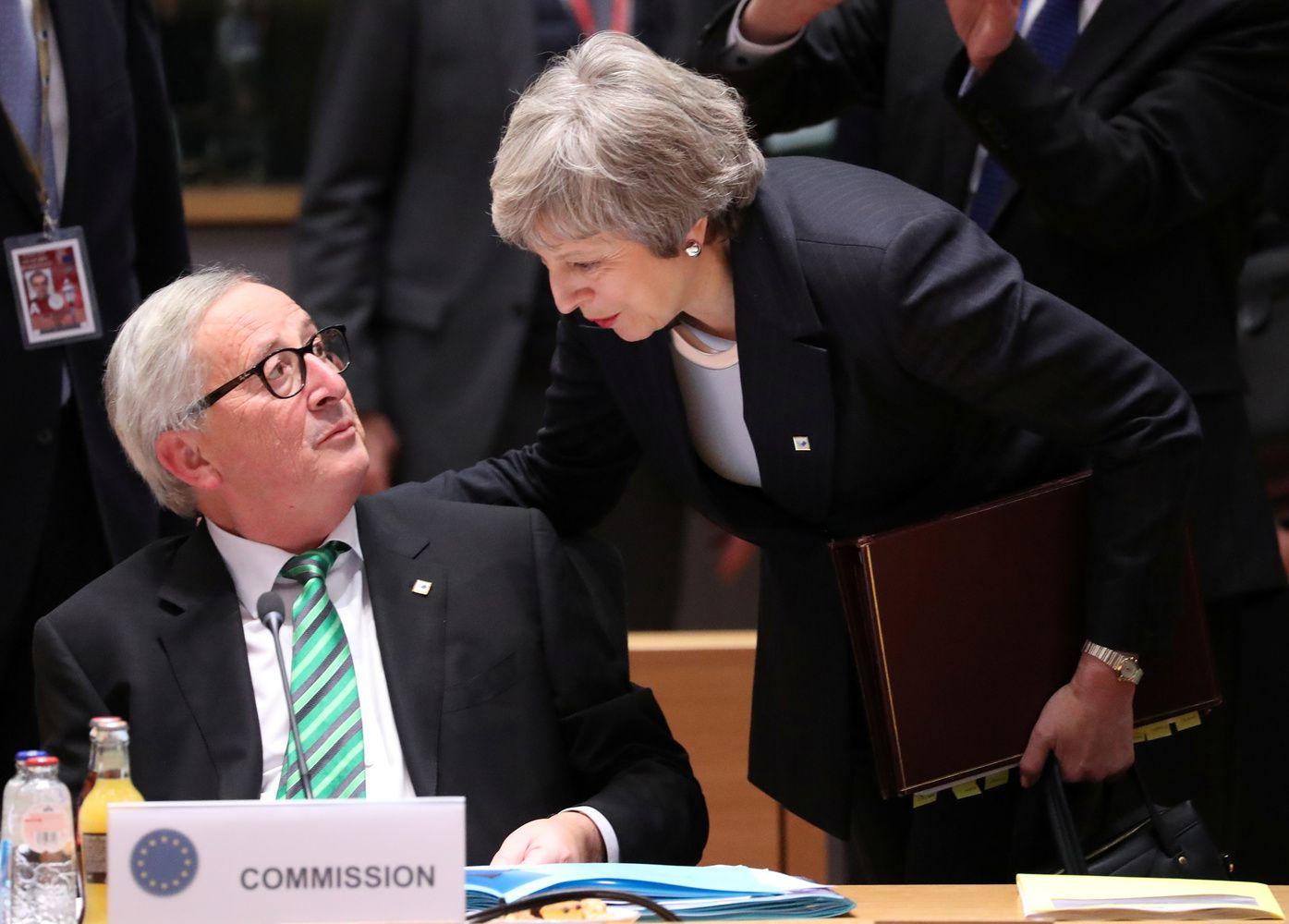 Po laimėtos kovos Th. May prašo Briuselio pagalbos rankos