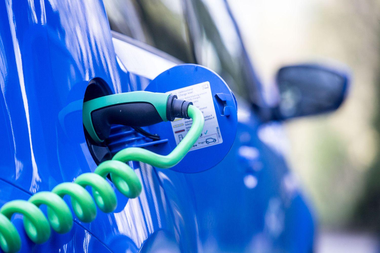 Vilniuje – dar 59 naujos elektromobilių įkrovimo stotelės