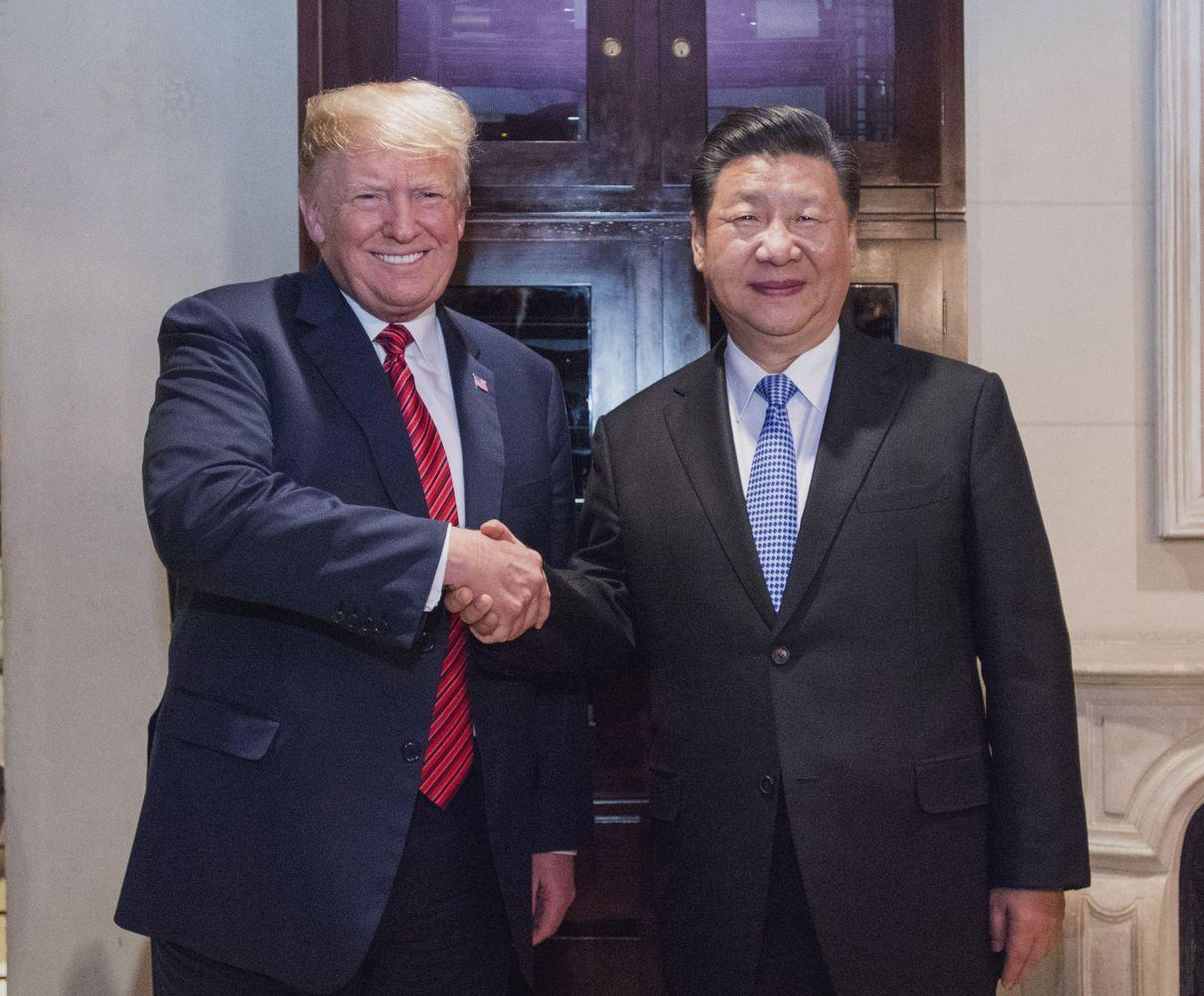 JAV ir Kinijos prekybos paliaubose – pirmieji teigiami ženklai