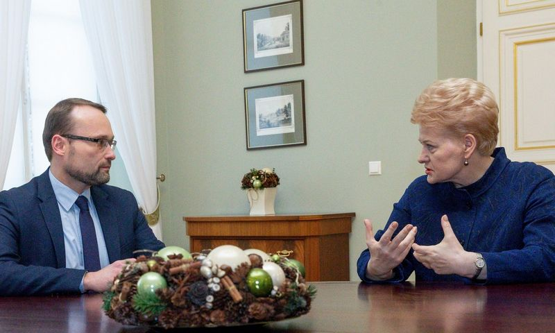 Prezidentė Dalia Grybauskaitė paskyrė Mindaugą Kvietkauską naujuoju kultūros ministru. Juditos Grigelytės (VŽ) nuotr.
