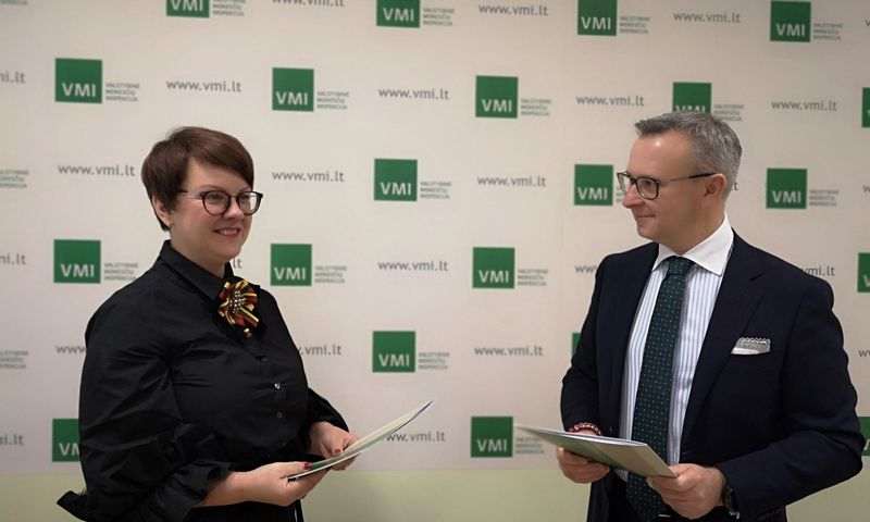 Edita Janušienė, VMI vadovė ir Mantas Zalatorius, LBA prezidentas. VMI nuotr.