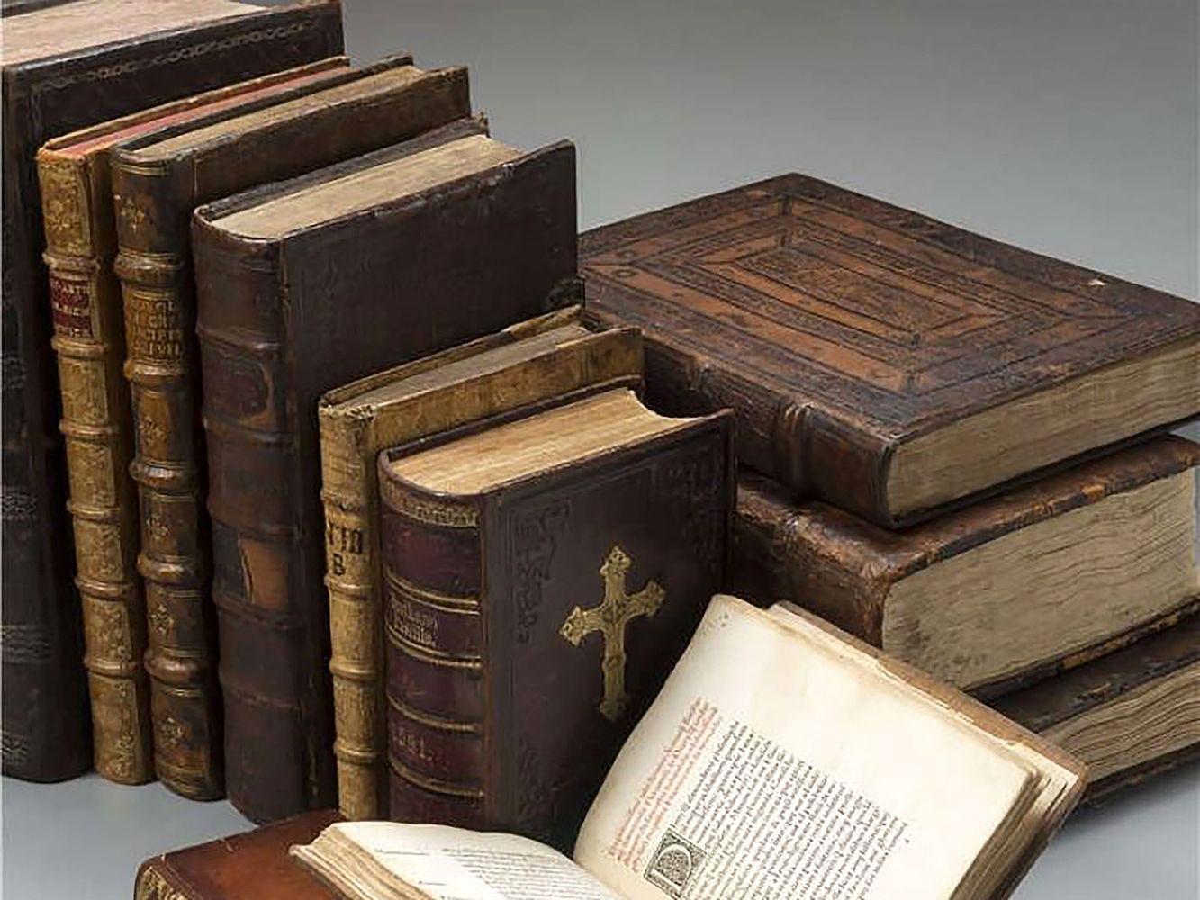 Dešimt brangiausiai parduotų lituanikos knygų