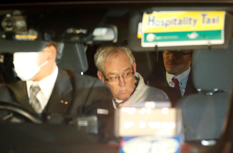 C. Ghosnas lieka kalėjime, o G. Kellis ieško medikų pagalbos
