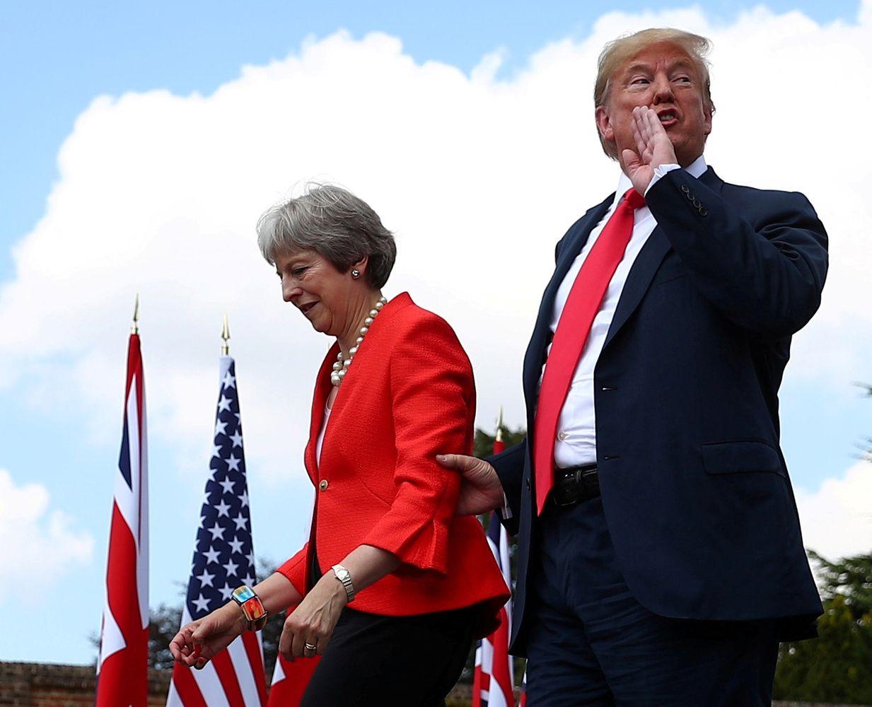 """Pasaulis 2018 m.: misterio """"Twitter"""" diplomatija ir britų koja ES tarpduryje"""