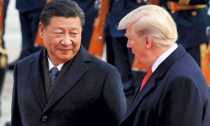 Donaldas Trumpas ir Xi Jinpingas. Damiro Sagolj (Reuters / Scanpix) nuotr.