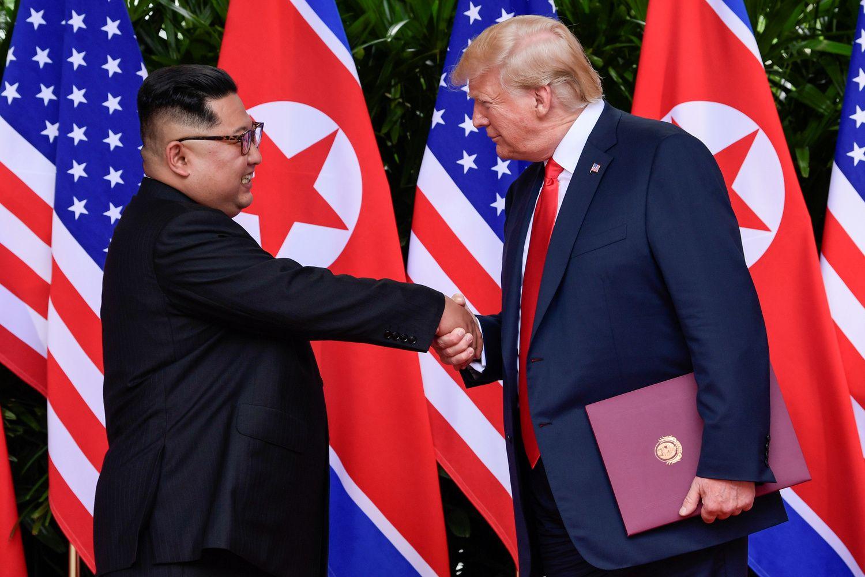 Kim Jong Unas perspėjo D. Trumpą dėl JAV sankcijų šaliai