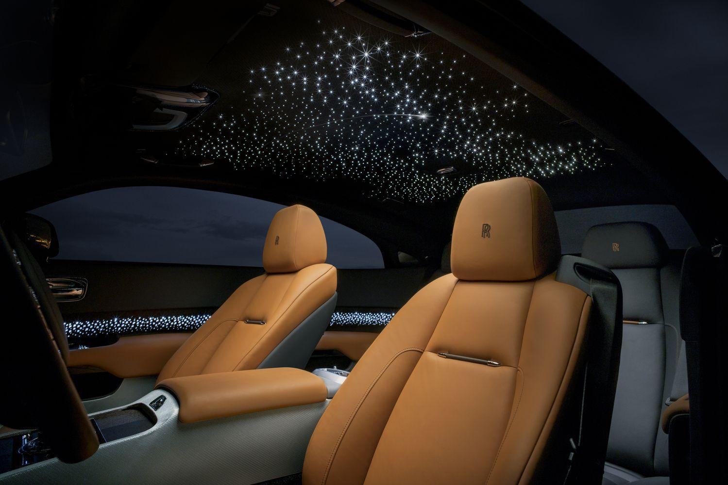 """Šviesą šlovinantis """"Rolls-Royce Wraith Luminary"""""""