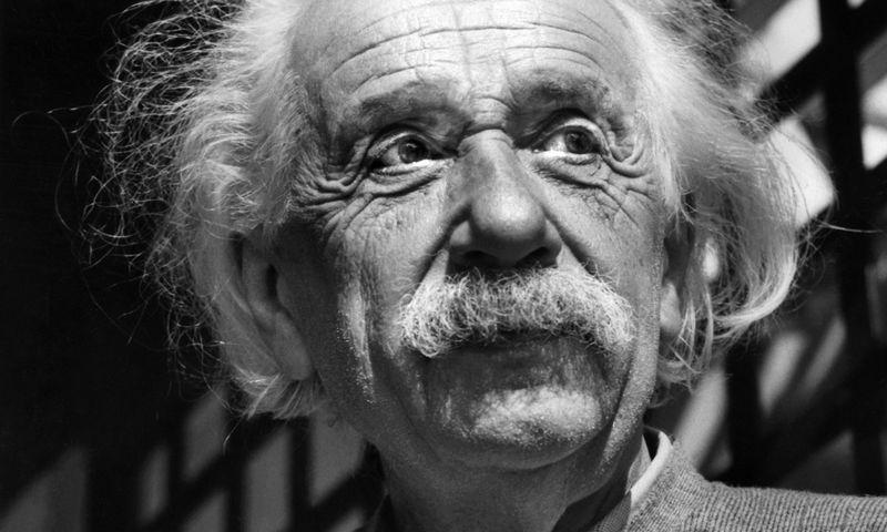 """Albertas Einsteinas: """"Didžiausia beprotybė yra nuolat darant tą patį tikėtis kitokių rezultatų."""" AP nuotr."""